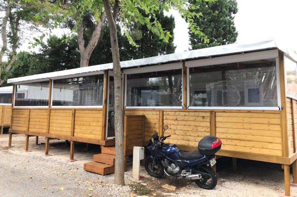 Fermeture de terrasse d'un mobil home camping